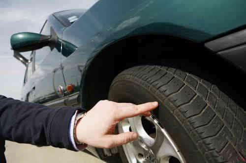 Vérifier état des pneus